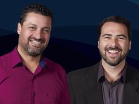Adriano e Gil são prefeito e vice eleitos