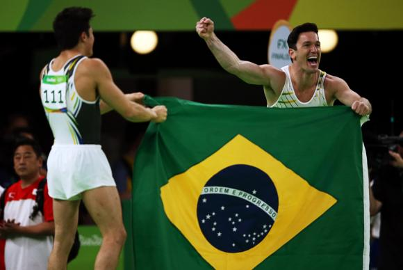 Diego Hypolito e Nory são prata e bronze no solo individual da ginástica