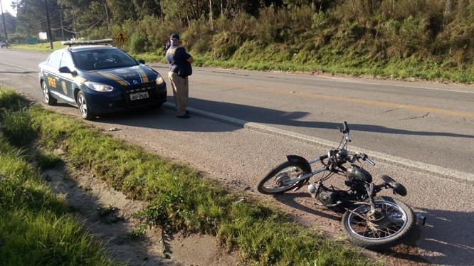 Com impacto motocicleta foi arrastada por mais de 50 metros