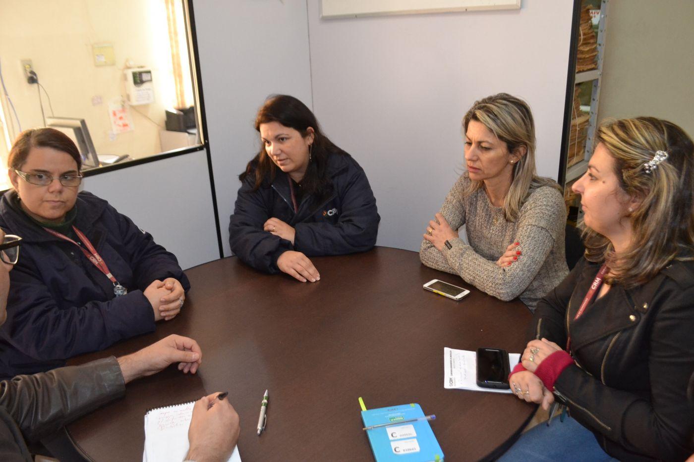 Organizadoras do #EuAbraçoaCRM estiveram na redação do TP nesta quinta-feira, 20