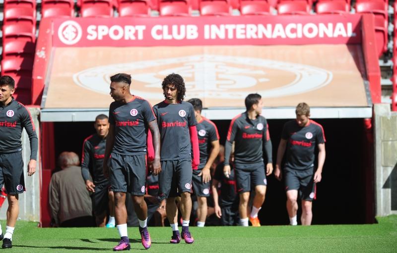 Foi o primeiro treino no Beira-Rio do novo técnico