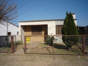 A escola funcionará provisoriamente em um imóvel alugado pela prefeitura, situado na Pedro Rabione Sacco