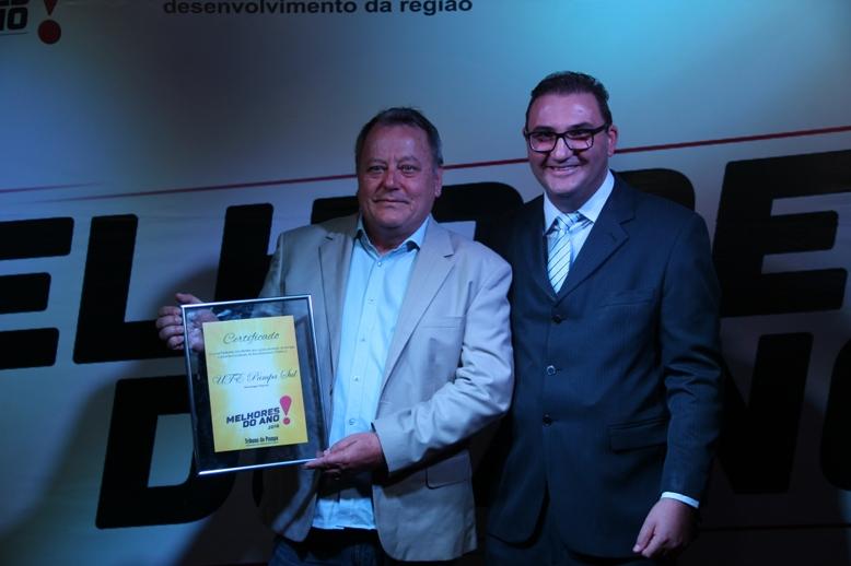 Figueira recebeu de Lehr a homenagem em nome da UTE Pampa Sul