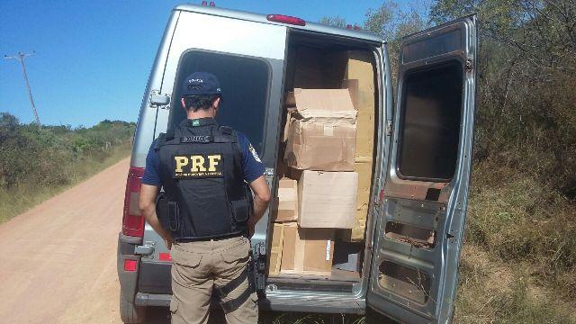 Carga estava sendo transportada por uma Van de Santa Rosa