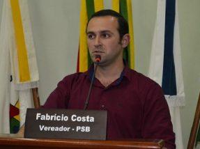 Vereador de oposição novamente propôs a demissão de CCs
