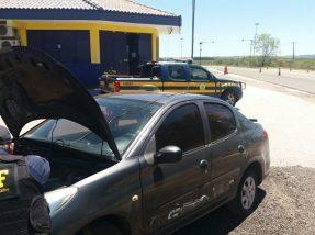 Veículo clonado e foi roubado em Porto Alegre e seria levado para o Uruguai