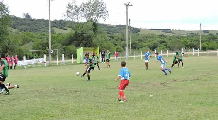 Jogos de futebol foram os destaques da festa de integração
