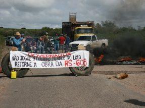 Em 2015 um protesto também foi realizado em razão das obras da ERS 608