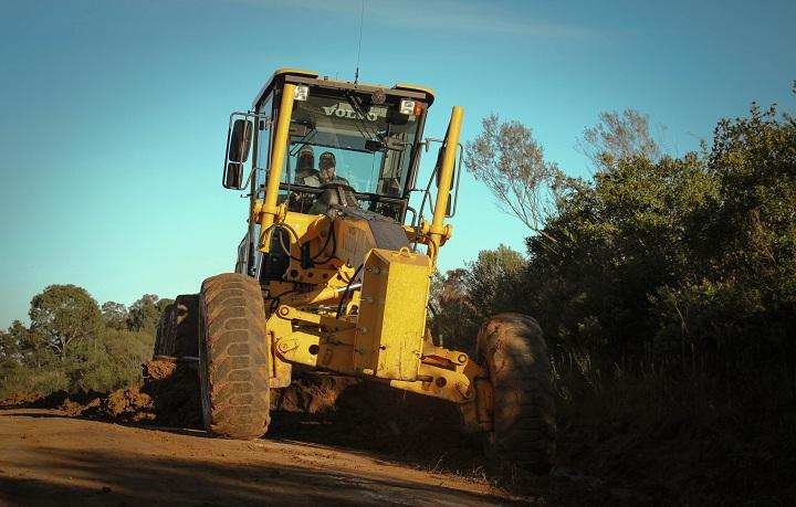 Câmara autorizou o município a contratar dois operadores de máquinas
