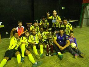 Equipe da Pizzaria Maximu's venceu de virada por 4 a 2