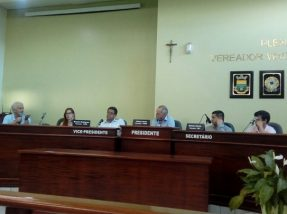 Debate, proposto pelo vereador Jaime Lucas, teve a presença do prefeito Zé Antônio