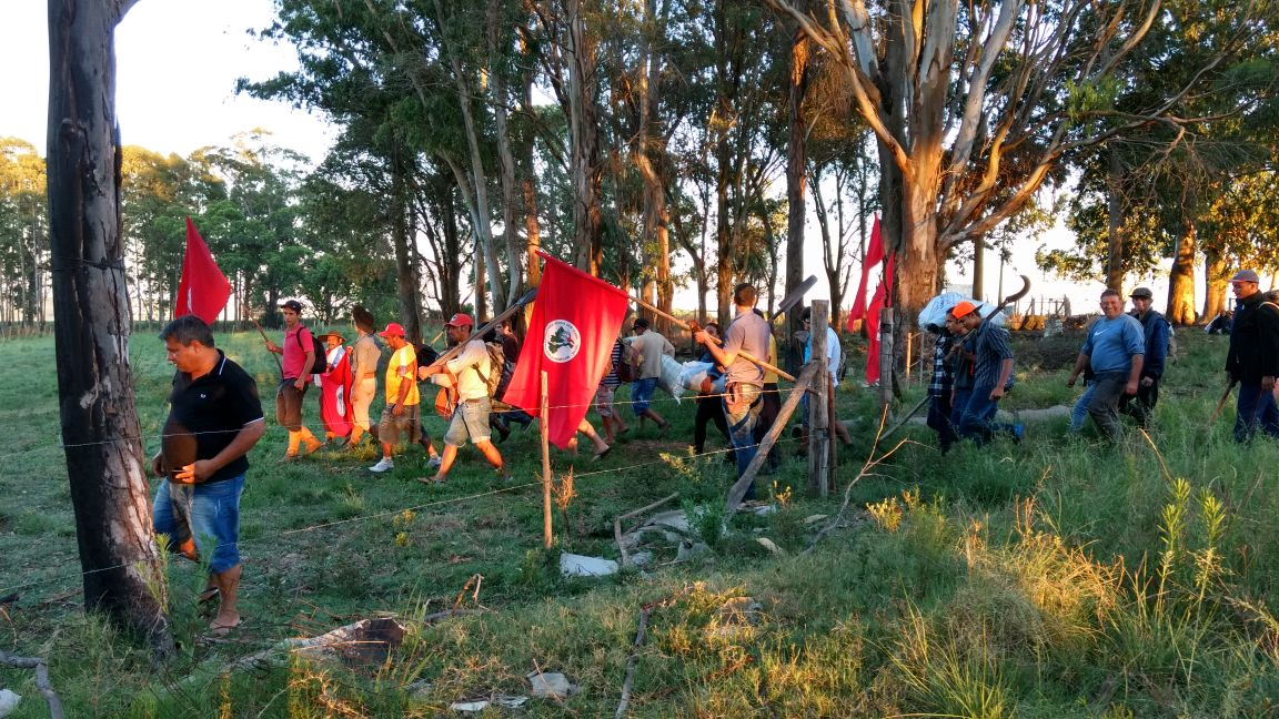 Cerca de 200 pessoas fizeram a ação em Candiota