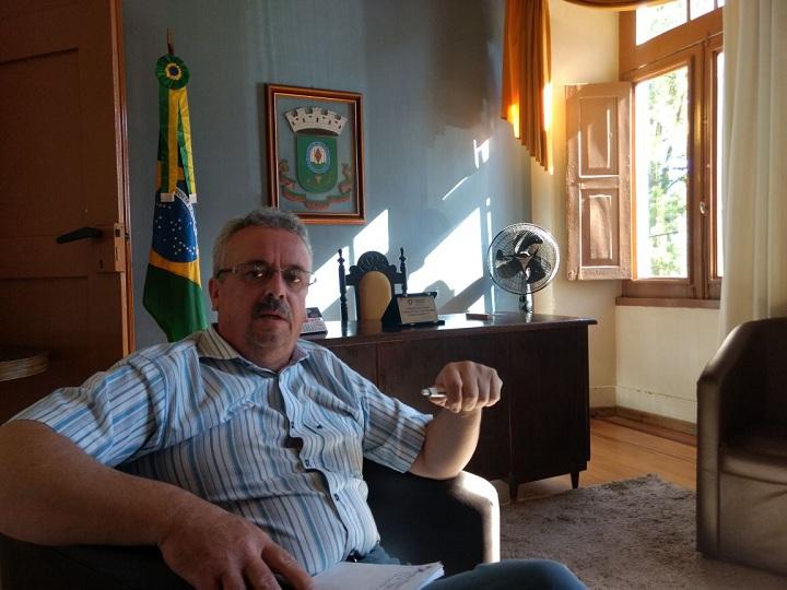 Para o vice-prefeito Gilson Gomes, transporte escolar  e compra de maquinários são metas para 2018
