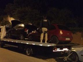 Veículo estava sendo transportado por um caminhão-guincho