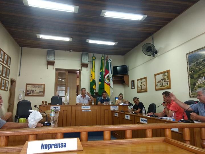 Vereadores pedem agilidade do prefeito para solucionar problemas emergenciais