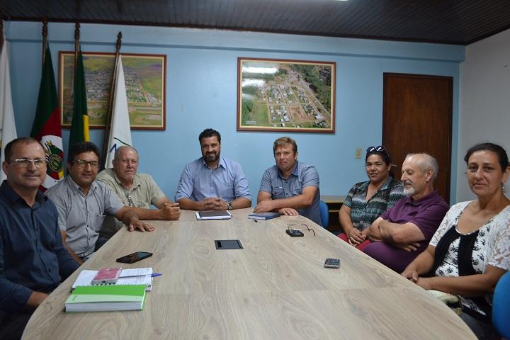Direção da entidade visitou o prefeito na quarta-feira (31)