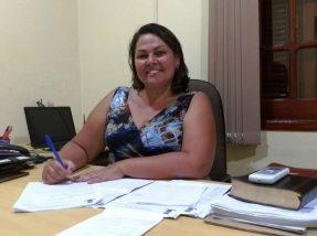 Presidente Elisângela Coitinho instituiu a homenagem
