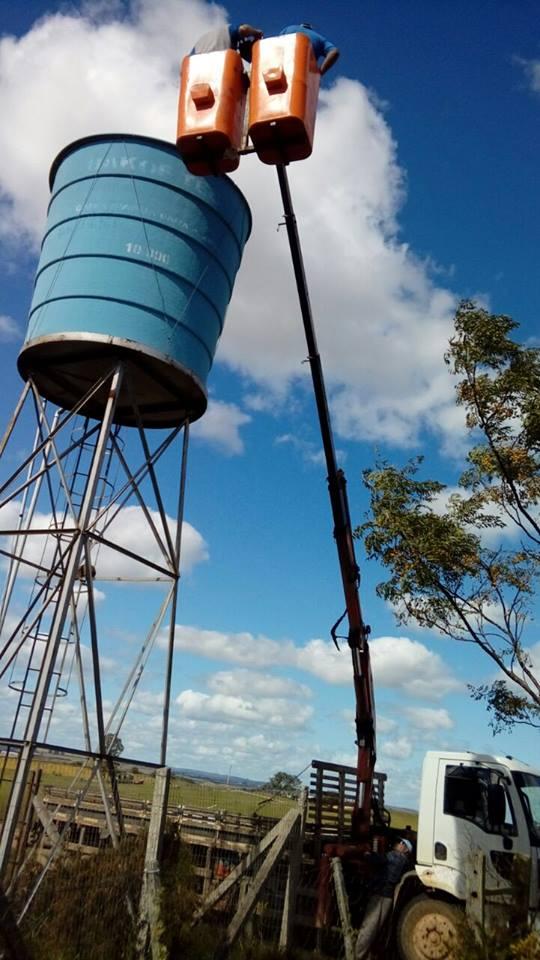 Na escola Madrugada houve colocação de tampa na caixa d'água e instalação de ar condicionado