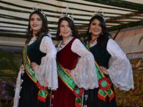Paola Schneider, Natalí Mulé e Cíntia Borges embelezaram a festa em 2017