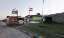 Lancheria está instalada na avenida de entrada da cidade