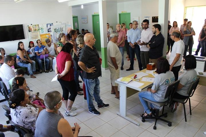 Médicos foram apresentados para a comunidade