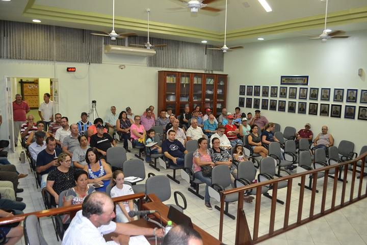 Público compareceu em bom número para ouvir a exposição