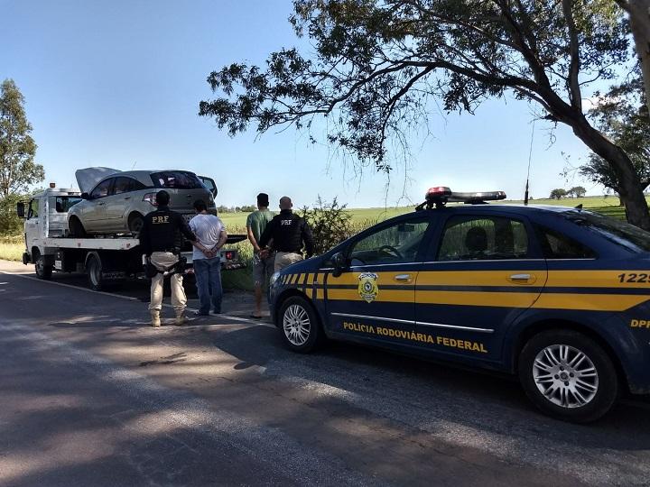 Carro foi recuperado na BR-153