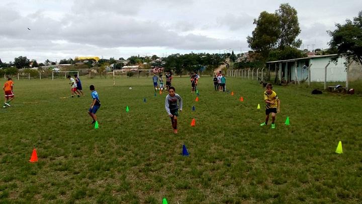 Crianças passaram por treinamento físico