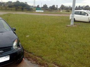 Veículos sofreram danos, mas não houve feridos