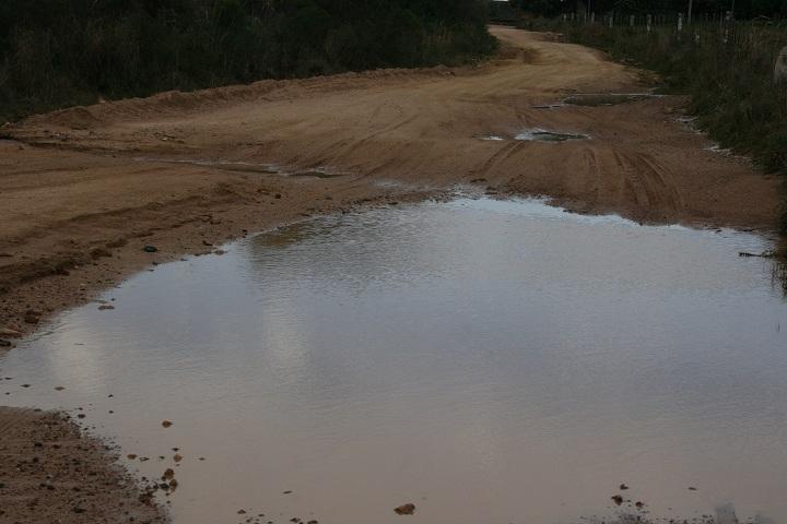 Liminar obriga Daer a fazer reparos na estrada que apresenta pontos bastante críticos