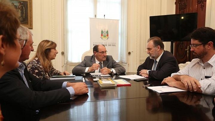 Sartori confirmou liberação da verba em reunião com secretário Búrigo, que coordena o processo de votação