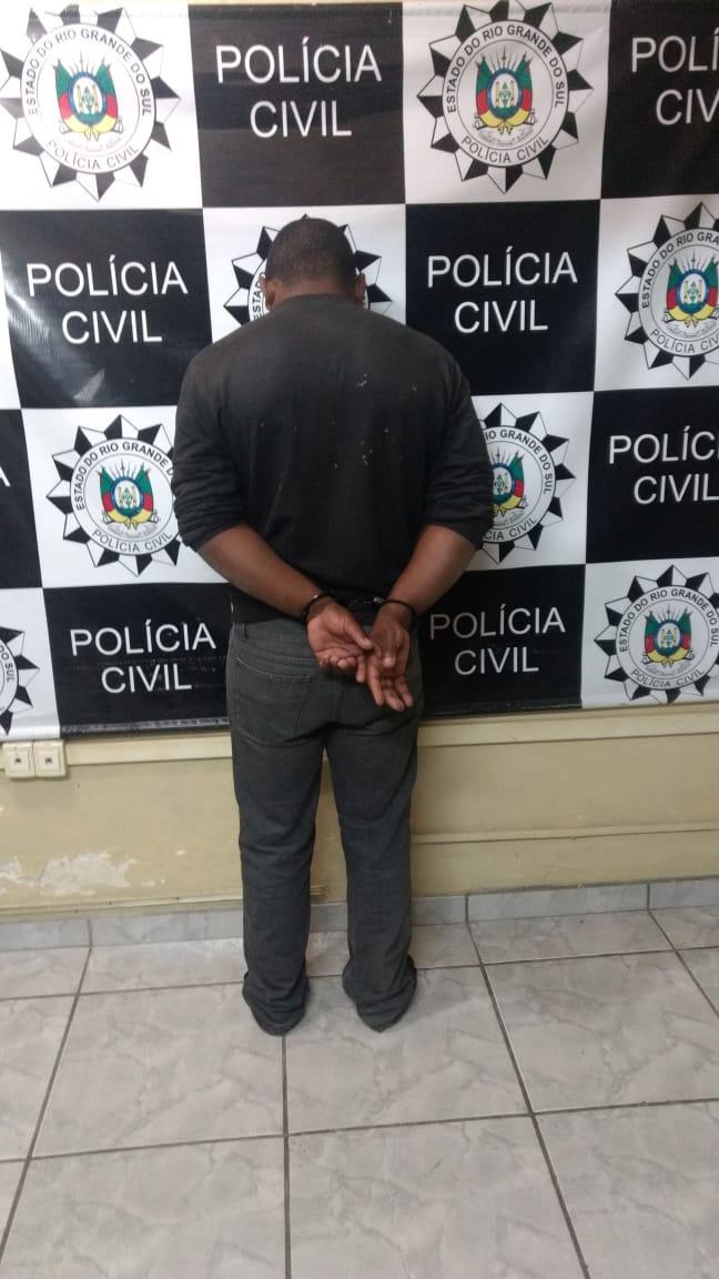 Outro suspeito foi preso