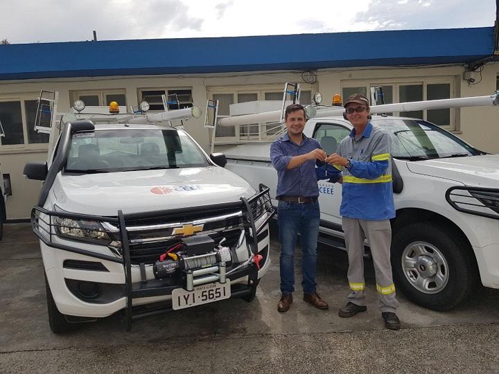 Funcionário da CEEE de Piratini, recebeu na última semana um dos veículos  que estão na companhia com sede em Pelotas