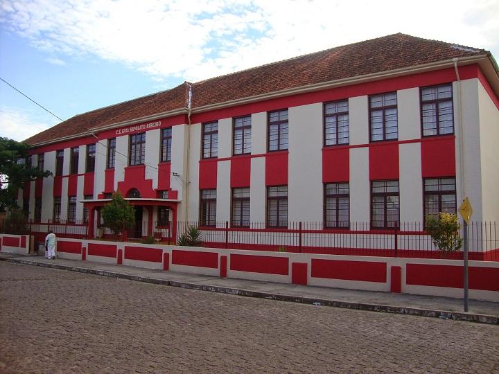 18 de junho é o dia do aniversário do colégio
