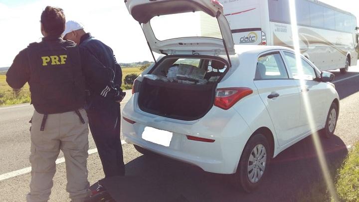 Abordagem aconteceu após atitude suspeita do veículo ao atravessar a fronteira