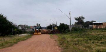 Camadas de terra já foram depositadas no local