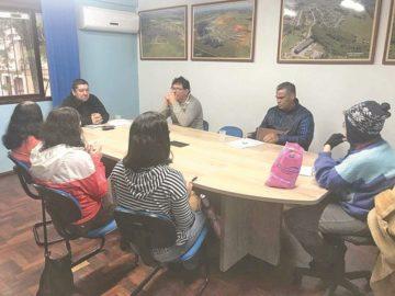 Em reunião realizada essa semana, foi encaminhado o processo de  licitação para reativação das castrações no município