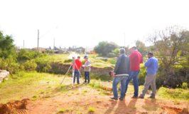 Secretário de Obras acompanhou as primeiras medições no local de construção da ponte
