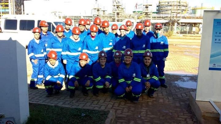 Alunos já atuam nas obras da UTE Pampa Sul, fazendo parte  do quadro de funcionários da Cobrazil