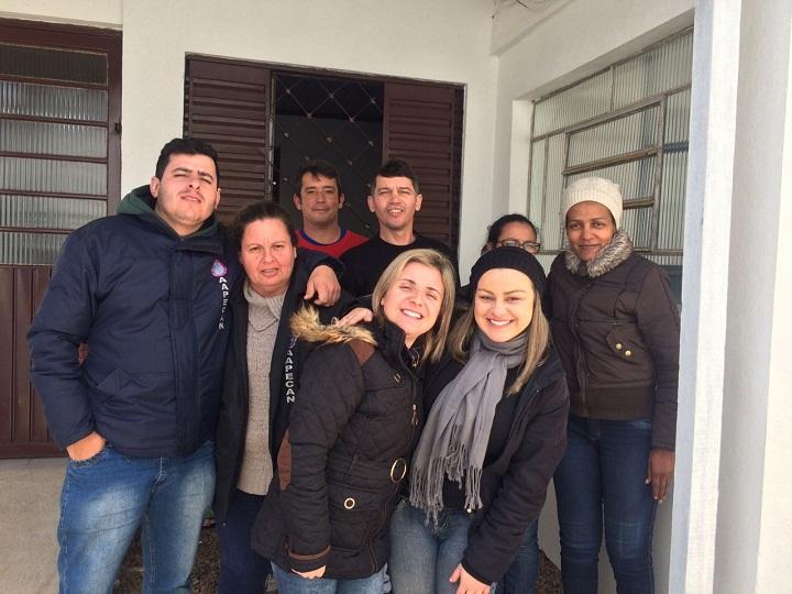 A Aapecan conta com uma equipe de voluntários e apoio da comunidade