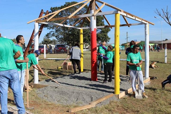 A comunidade se mobilizou para auxiliar nas melhorias do espaço de lazer