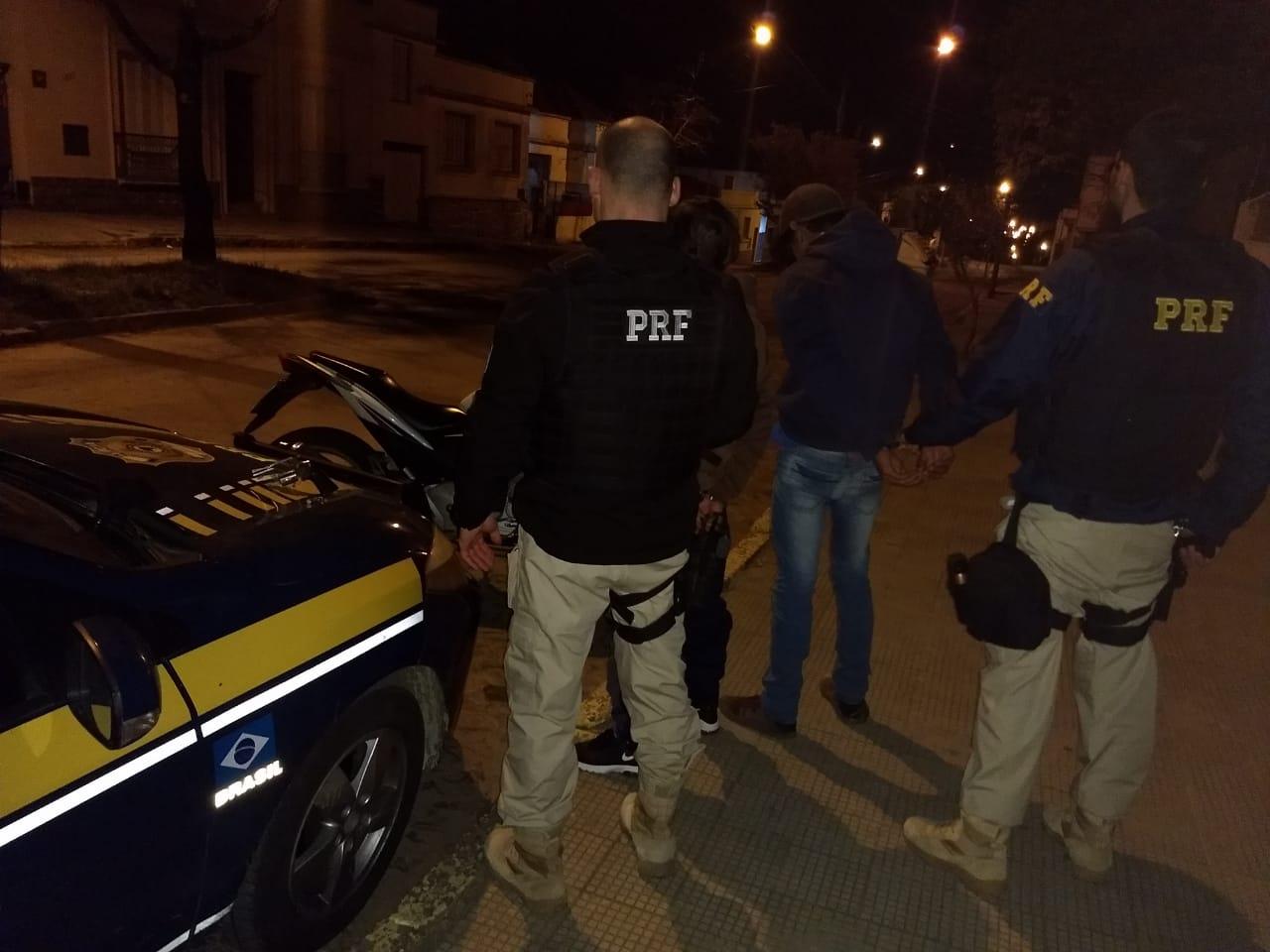 Moto tinha placa de Hulha Negra e condutor foi preso