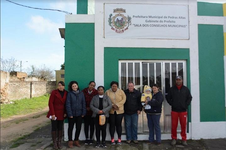 Grupo se reuniu na Sala dos Conselhos antes da visita a uma das comunidades
