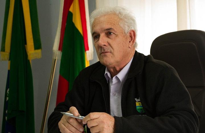 Em entrevista, o prefeito garantiu que a população não deixará de ser atendida