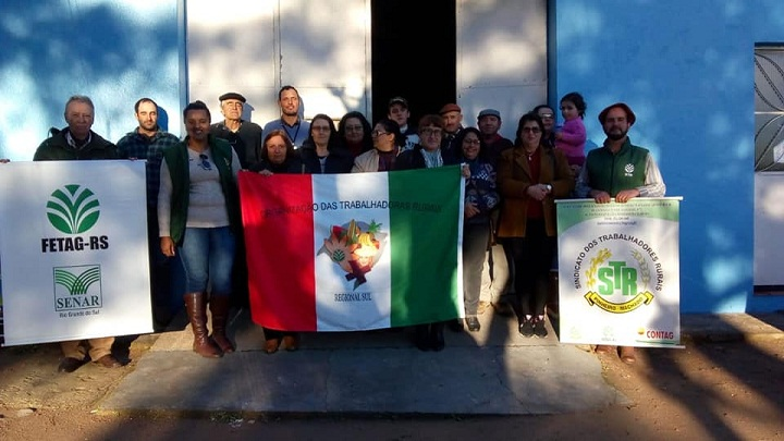 A comunidade do Passo do Machado recebeu a diretoria do STR