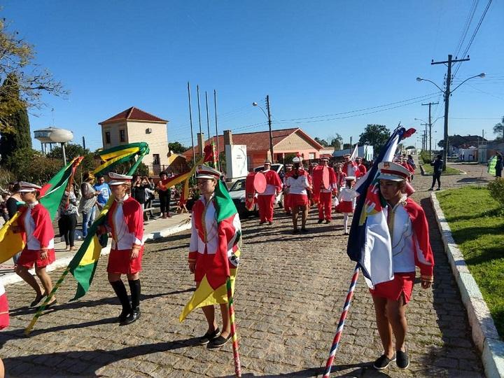 Desfile Pedras Altas (1)
